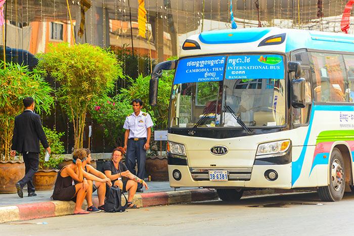 Bus Phnom Penh to Siem Reap