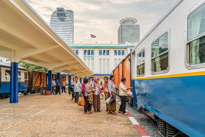 Train Phnom Penh to Sihanoukville