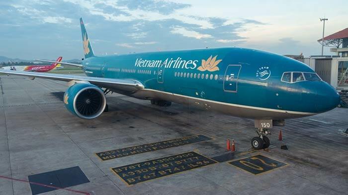 Flight from Hanoi to Hoi An