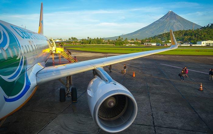 Flight from Manila to Legazpi