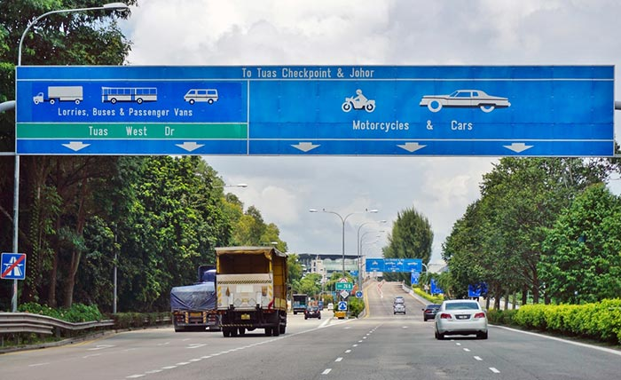 Options for Travel from Johor Bahru to Singapore